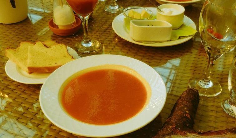 Sehr lecker: die hausgemachte Fridheimar-Tomatensuppe!