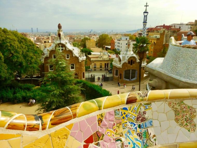 Blick vom Park Güell auf die Stadt Barcelona