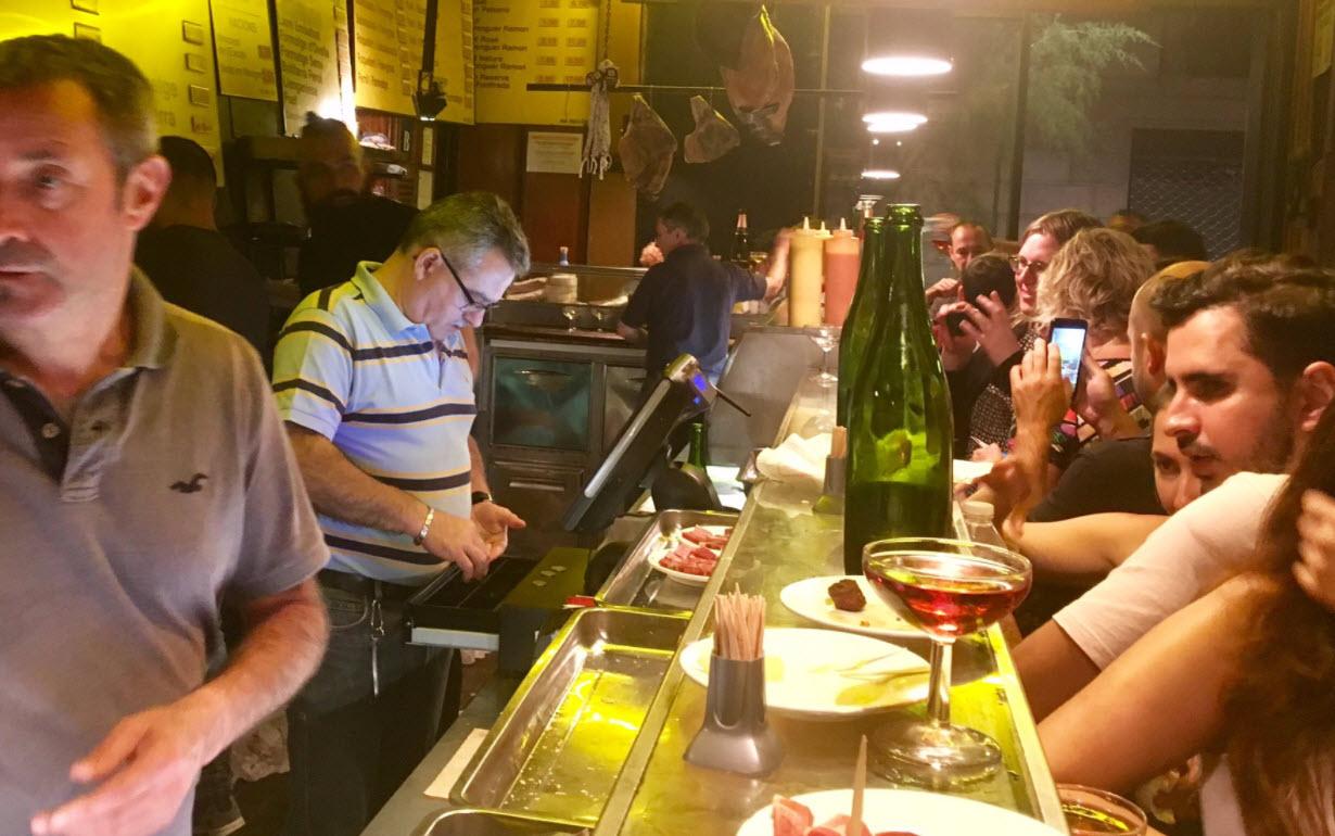 Munteres Treibn in La Xampanyeria, Barcelona